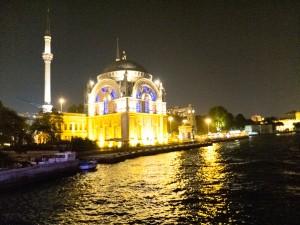 Iyi Akşamlar Istanbul !