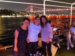 Iyi Akşamlar Istanbul ! (Einige meiner Dilmer-Kolleginnen)